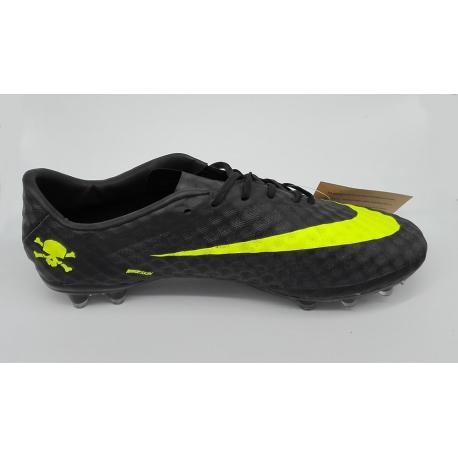 کفش ورزشی نایک چمنی 7411